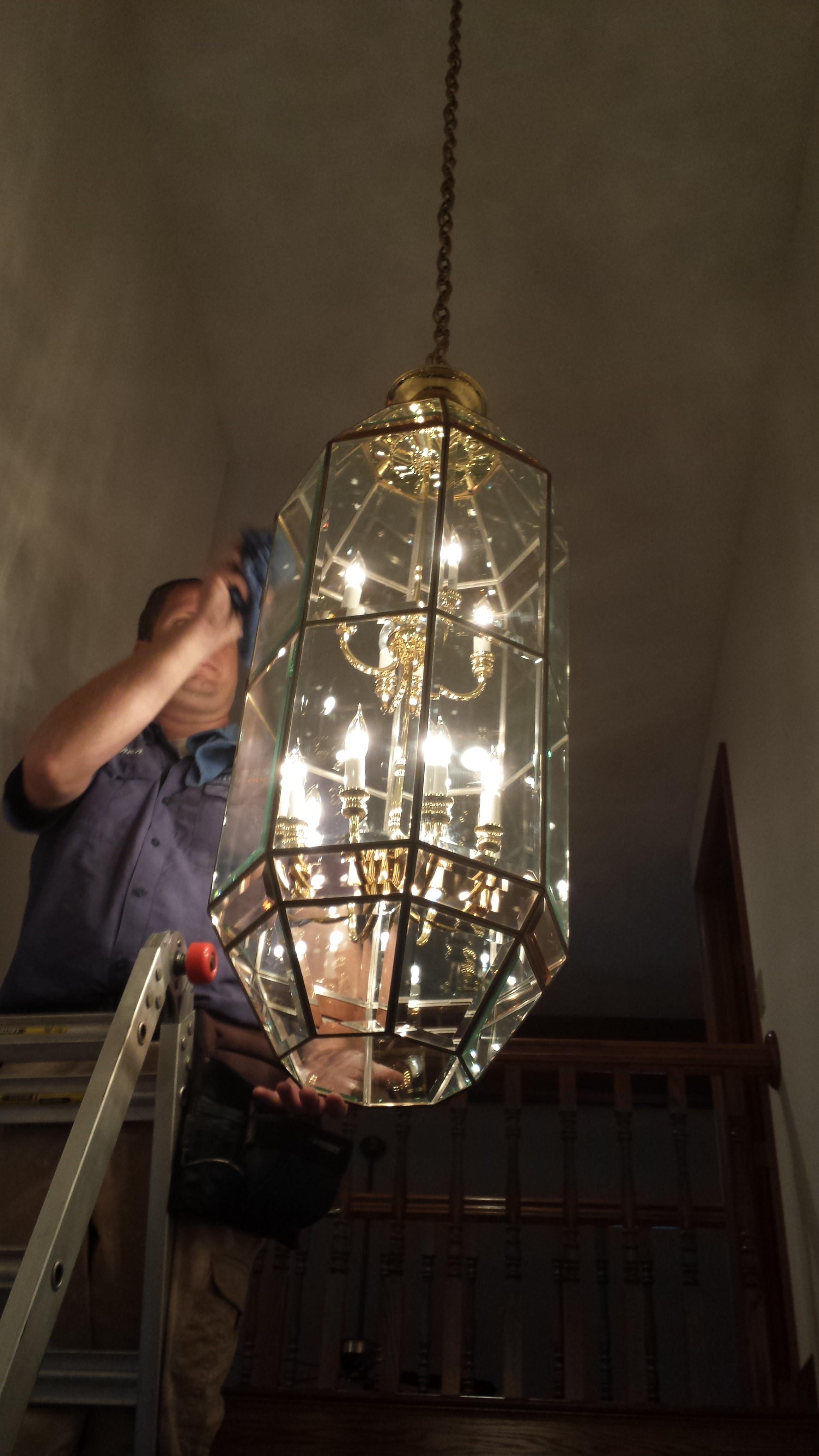Chandelier cleaning twodudeswc 20130821125644 mozeypictures Images